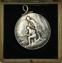 1899 Luzern Switzerland Silver Swiss Shooting Medal Looped R878A in Case
