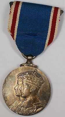 1937 Britain Silver Coronation King George V1 & Queen Mother II Medal Pin